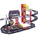 Pista Grande Ferrari Corrida na Garagem e Carrinho - Possui 03 Níveis com Rampa , Elevador e uma Área de Pitstop - Burago